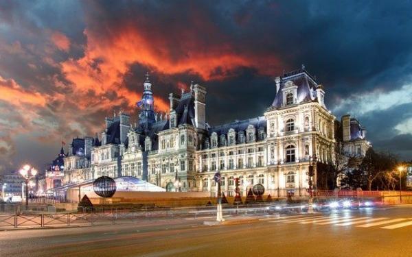 Paris Night Tour + Moulin Rouge Show