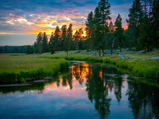 7-Day Yellowstone National Park, Grant Tetons and Bryce Canyon Small Group Camping/Walking Tour