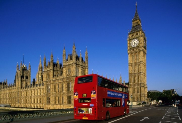 bus tickets from detroit to chicago:Harry Potter Bus Tour of London Locations