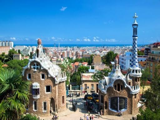 Vespa Rental and Tour in Barcelona with GPS - Gaudi Tour