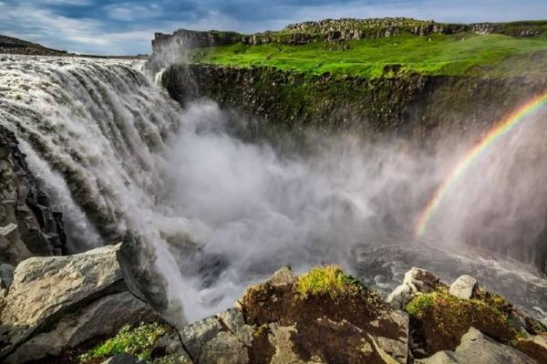 7-Day Best of Iceland Tour Package