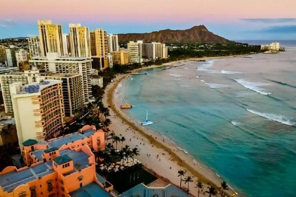 Honolulu City Lights Double Decker Bus Tour