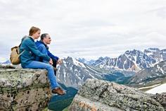 moraine lake lake louise:6-Day Best of the West Tour to Sun Peaks, Jasper, Banff, Lake Louise & Vancouver