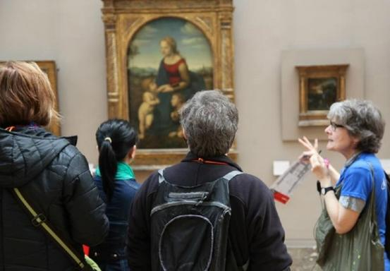 1.5-Hour Louvre Museum Highlights for Families