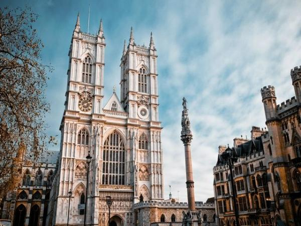 2.5-Hour London Walking Tour w/ Westminster Abbey