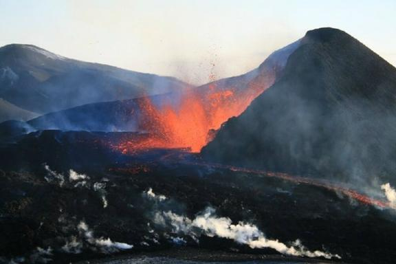 6-Day Volcanoes and Glaciers of Iceland Tour