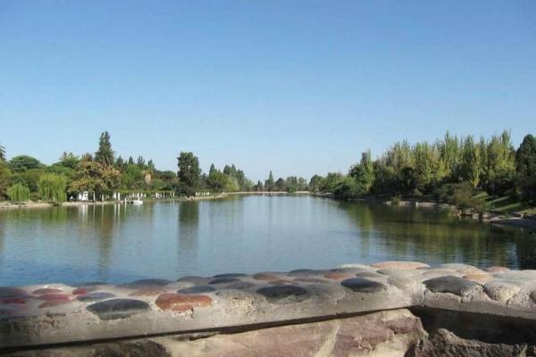 Mendoza City Tour and General San Martin Park