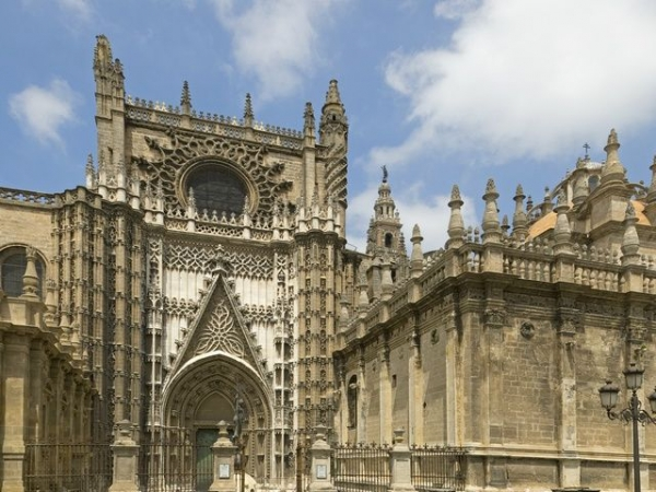 2-Hour Monumental Seville Walking Tour