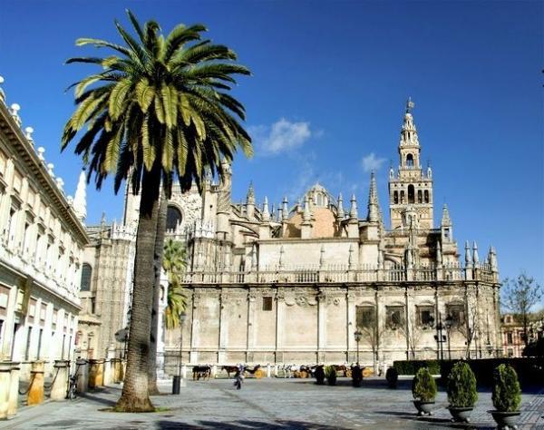 2-Hour Monumental Seville Walking Tour