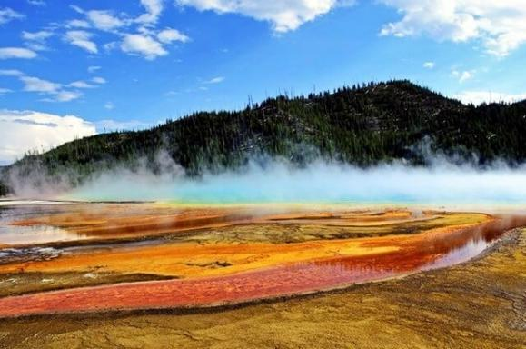 6-Day Seattle, Coeur d'Alene, Yellowstone National Park Sightseeing Tour