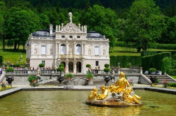 Neuschwanstein and Linderhof Castle Tour from Munich