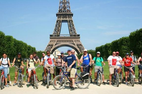 3.5-Hour Paris Bike Day Tour