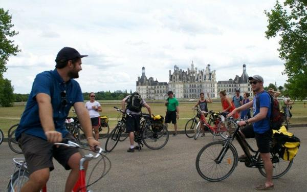 Full-Day Loire Valley Bike Tour from Paris