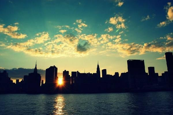 3-Day New York Sightseeing and Shopping Tour: Statue of Liberty, Times Square, Woodbury Common Premium Outlets & Montreal