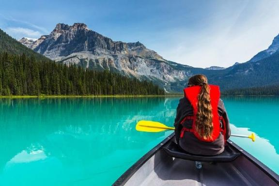 8-Day Canadian Rocky Mountain & Mt. Robson, Victoria Summer Tour Package