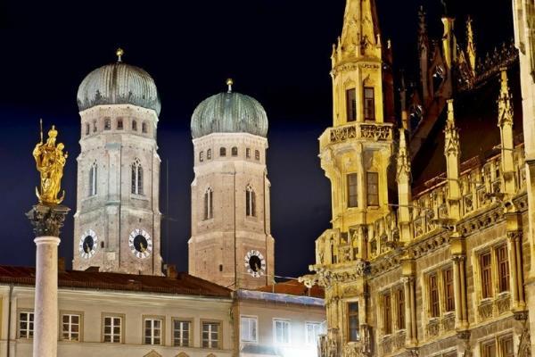 10-Day Europe Tour from London: Paris - Swiss Alps - Venice - Munich - Amsterdam