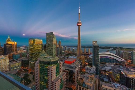 5-Day Toronto, Bruce Peninsula and Niagara Falls Tour