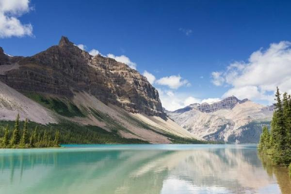 7-Day Vancouver, Canadian Rockies & Glacier View Summer Tour Package**Exclusive One-Night Stay on Columbia Icefield**