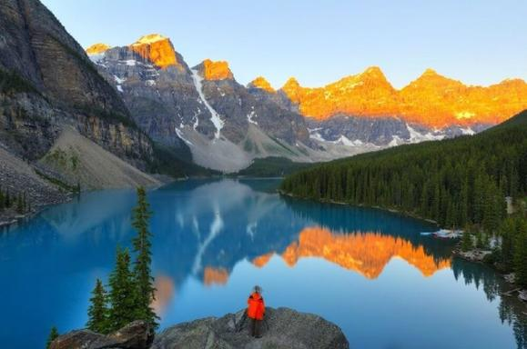 8-Day Canadian Rocky Mountain & Mt. Robson, Victoria, Whistler Summer Tour Package