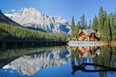 canadian rockies train tours:10-Day Vancouver, Canadian Rockies, Glacier View, Victoria, Chemainus & Whistler Summer Tour Package
