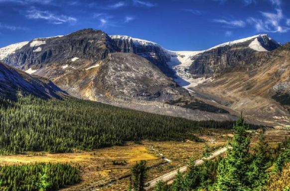 7-Day Vancouver, Canadian Rockies, Glacier View & Victoria Summer Tour Package