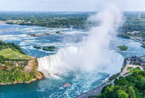 5-Day East Coast Tour From Washington DC: Philadelphia, New York, Yale, Boston & Niagara Falls