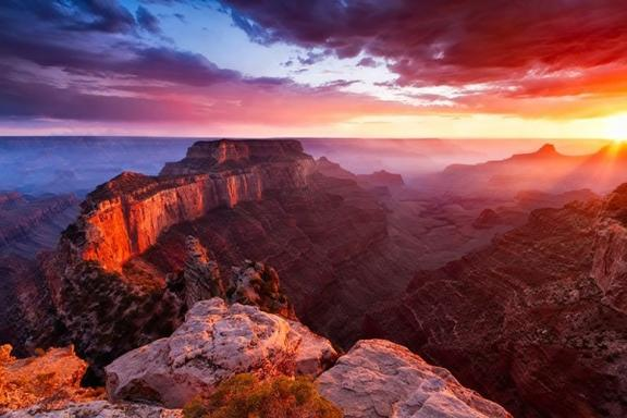 11-Day San Francisco, Yellowstone, West Grand Canyon (Skywalk) and Theme Park Tour