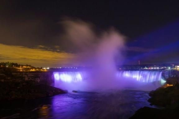 Niagara Falls Evening Light Tour From Toronto