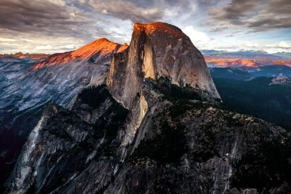 11-Day  Los Angeles, Las Vegas, Yellowstone National Park, Mt. Rushmore, San Francisco Tour