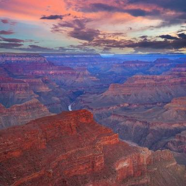 11-Day Las Vegas, Antelope Canyon, Grand Canyon West, Yellowstone National Park & Mt. Rushmore Tour