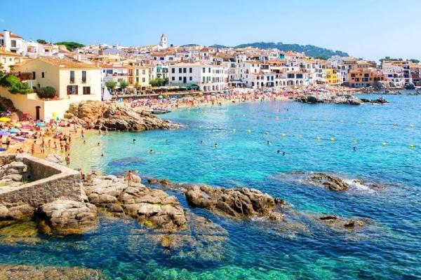 Girona and Costa Brava Day Trip from Barcelona