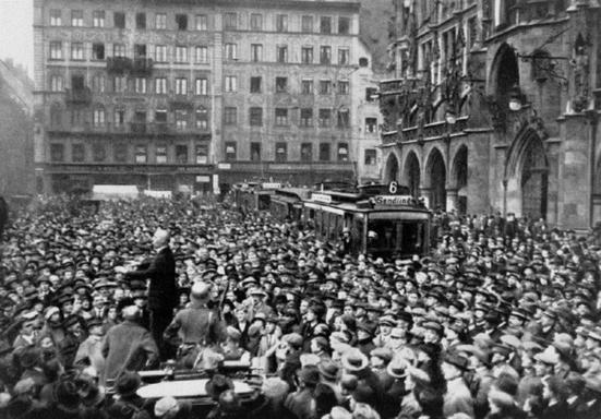 Munich's Third Reich and Nazi Resistance Tour