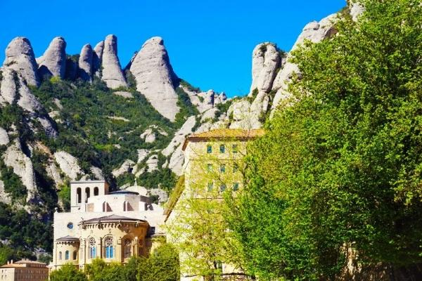 6-Hour Montserrat Day Trip From Barcelona