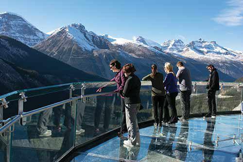 Icefield Parkway Discovery Tour From Jasper W/ Glacier Adventure & Glacier Skywalk