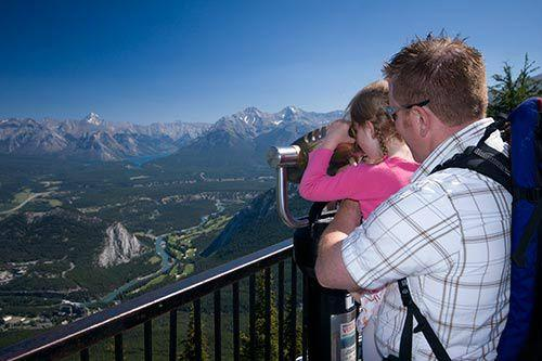 1-Day Explore Banff Sightseeing Tour & Lake Minnewanka Cruise