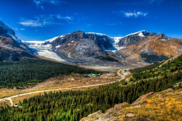 4-Day Vancouver, Calgary, Banff, Lake Louise & Canadian Rocky Mountain Tour Package