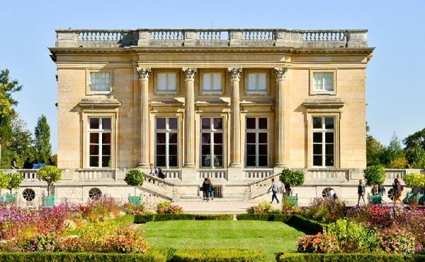 Versailles Palace and Trianons Small Group Tour w/ Hotel Transfers
