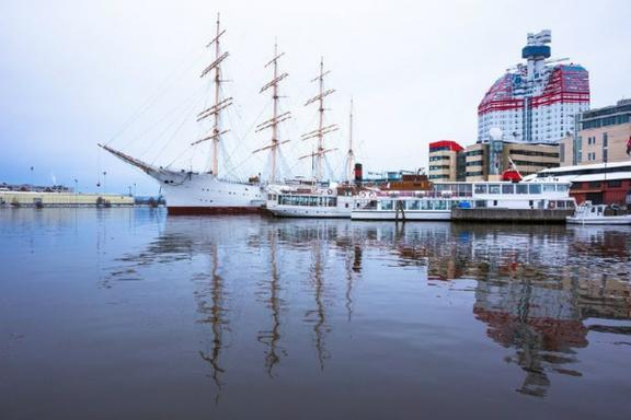 Gothenburg Hop On Hop Off Boat Tour