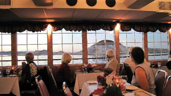Hoover Dam & Lake Mead Dinner Cruise