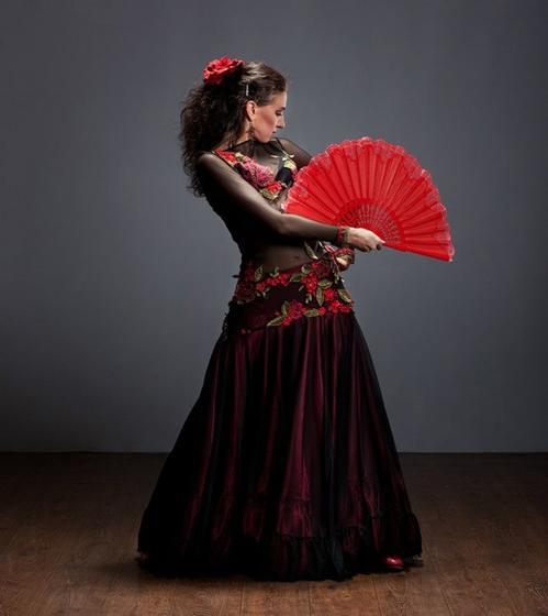 Barcelona Gourmet Tapas Walking Tour and Flamenco Show