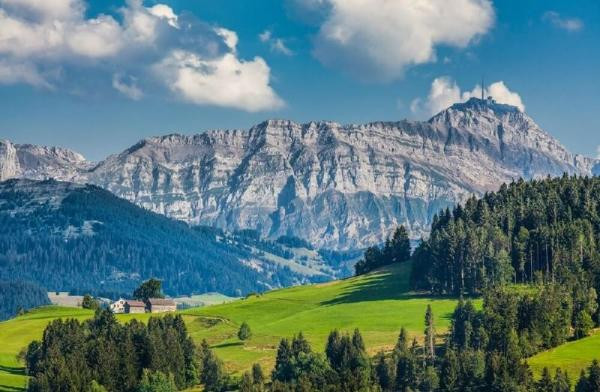 Swiss Mountains, Cheese and Chocolate Tour
