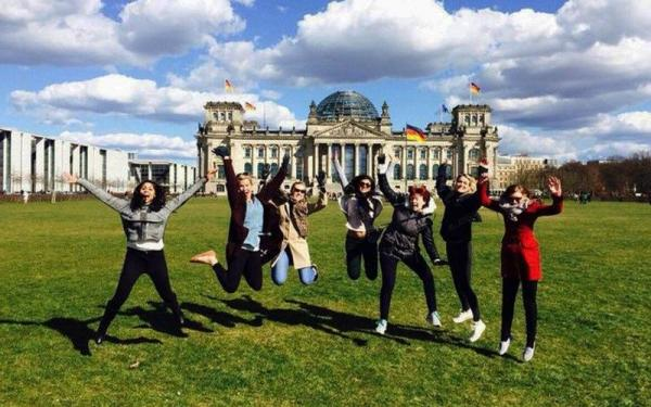 4.5-Hour Berlin City Bike Tour