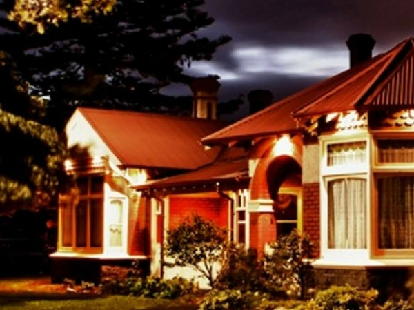 Altona Homestead Ghost Tour