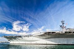 midway aircraft carriers:USS Midway and the San Diego Aircraft Carrier Museum