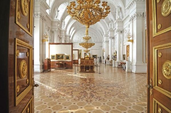 4-Hour Hermitage Museum Small Group Tour