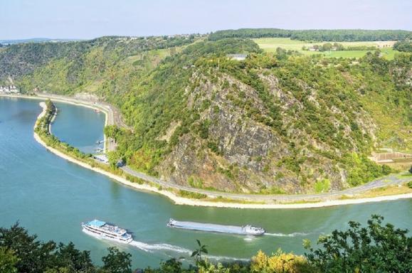Rhine Valley Day Trip from Frankfurt
