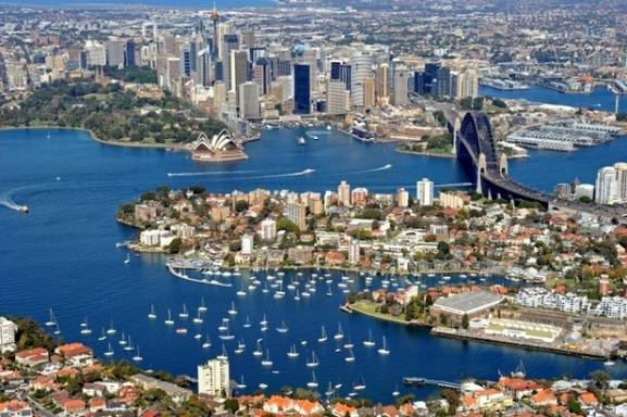 20 Min Sydney Harbour and Coastal Helicopter Flight For 1