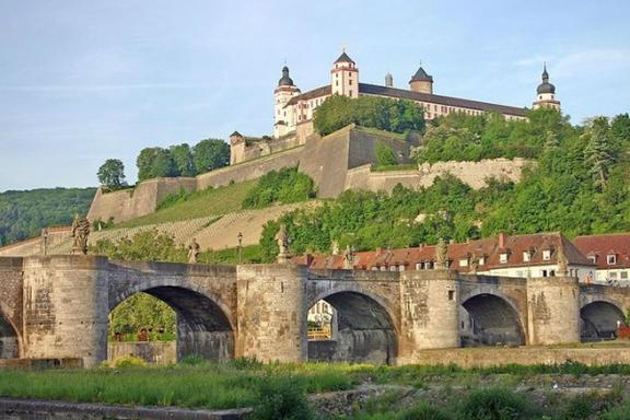Day Trip to Wurzburg w/ Wertheim Village Outlet