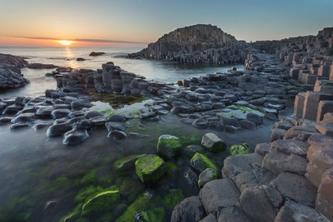 Day Trip to Giant's Causeway and Belfast from Dublin
