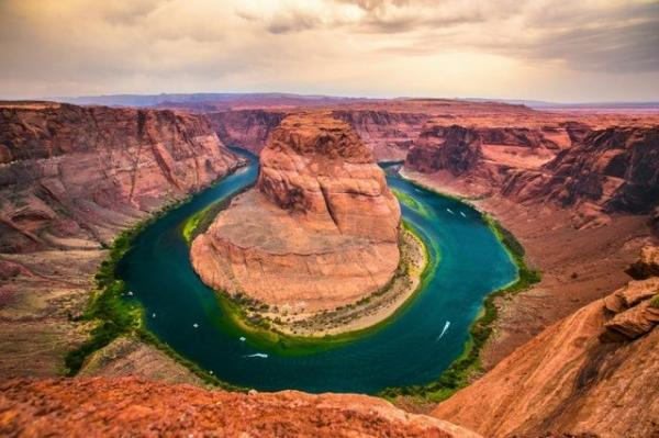 Cathedral Slot Canyon, Horseshoe Bend and Glen Canyon Dam Tour from Sedona